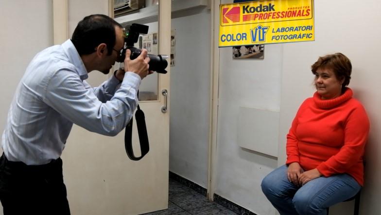 Colorviflaboratorio fotográfico profesional Barcelona, imprimir fotos, foto digital y analógica barato en carrer Aragó,195