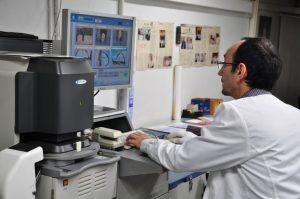Color VIF laboratorio fotográfico profesional Barcelona, foto digital y analógica barato, fotos DNI, impresión digital