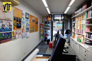 Color VIF laboratorio fotográfico profesional Barcelona, foto digital y analógica barato, fotos DNI, revelado ONLINE, imprimir fotos baratas