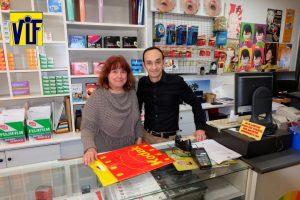 Color VIF laboratorio fotográfico profesional Barcelona, foto digital y analógica barato, fotos DNI, revelado ONLINE,Revelar fotos barato en Barcelona,hacemos ampliaciones, foto-regalos, tazas