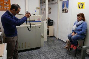 Color VIF laboratorio fotográfico profesional Barcelona, foto digital y analógica barato, fotos DNI al momento calidad de primera